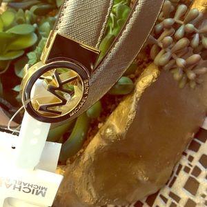 NWT* 💯 Auth Michael Kors Reversible belt